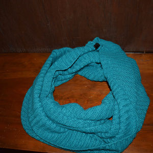 Green blue infinity scarf